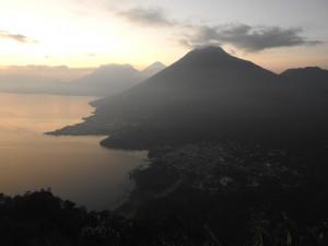 20 fév lever de soleil Atitlan Indian Nose 11 B