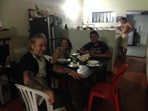dîner chez Jadi avec ses enfants