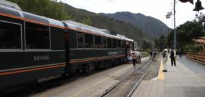 2019-12-12B Machu PIcchu train (Large)