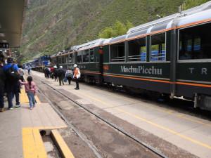 2019-12-13B Machu PIcchu train (Large)