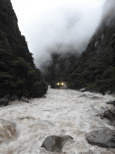 rivière Uribamba, aguas caliente, 5h00 du matin