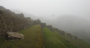 à l'entrée du Machu Picchu