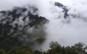 ambiance mystique sur le Machu Picchu depuis le sommet du Huyna Picchu